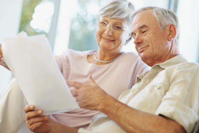 La députée d'Alfred-Pellan crée un guide des ressources et services pour les aînés