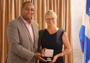 Le député de Laval-des-Rapides remet la Médaille de l'Assemblée nationale à l'organisme L'Entraide